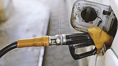 Presiunile populiste pe care le fac unii politici ar putea să lase cetățenii fără benzină și motorină, avertizează importatorii de petrol