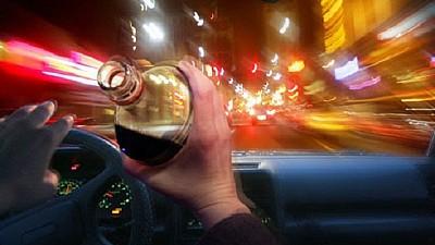 Începând de astăzi, şoferii prinşi beţi la volan vor rămâne imediat fără permis de conducere