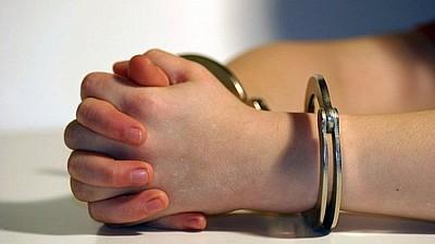 O femeie, CONDAMNATĂ la 7 ani de pușcărie, după ce a obligat-o pe o tânără să se prostitueze în Turcia