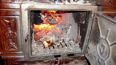 Sfârşit CUMPLIT pentru o femeie din raionul Ialoveni. Aceasta a fost găsită carbonizată în propria casă
