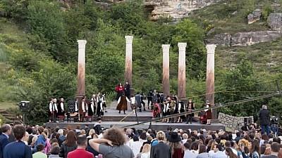 """Festivalul de muzică clasică în aer liber revine la Orheiul Vechi. Pregătirile pentru """"Descoperă"""" sunt pe ultima sută de metri"""