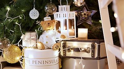 Imaginea zilei: Febra cumpărăturilor cadourilor de Crăciun, la Beverly Hills. Pe ce sunt gata să cheltuie oamenii sute de mii de euro