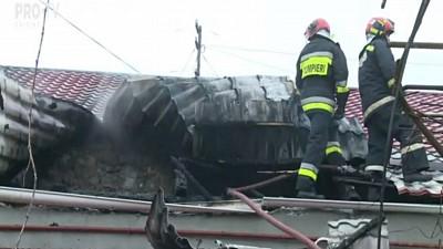 Tragedie în satul Brătuleni! Doi soţi şi copilul lor de şase ani au ars în propria casă