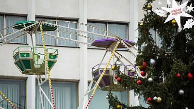 Atmosferă de poveste în centrul Capitalei. La ora 18:00 va fi inaugurat Târgul de Crăciun organizat de Guvern