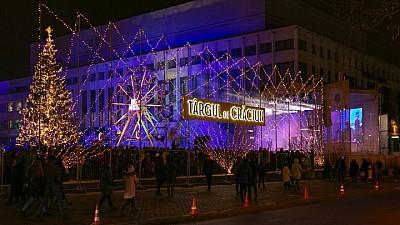 Sute de oameni au venit şi s-au distrat la Târgul Acasă de Crăciun din Capitală. De ce surprize au avut parte vizitatorii