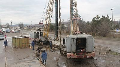 Podul de la Străşeni va fi dat în exploatare în luna iunie 2019. Din ce cauză proiectul este tergiversat