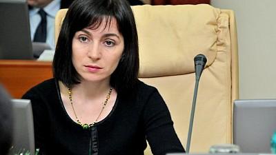 Maia Sandu, CONDAMNATĂ de părinţii din Moldova pentru că s-a opus majorării alocațiilor sociale pentru copii