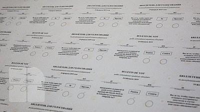 Alegerile parlamentare și referendumul republican, monitorizate de 3.100 de observatori naţionali şi internaţionali