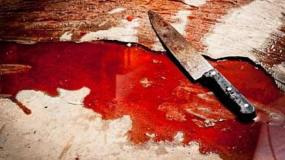 Crimă înfiorătoare în raionul Floreşti. Un bărbat şi-a omorât propria mamă cu un cuţit de bucătărie