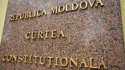Decizia Curţii Constituţionale: Sistemul mixt de vot, aplicat în cazul alegerilor anticipate