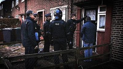 Un grup de moldoveni, CONDAMNAT în Marea Britanie, după ce a furat de pe carduri bancare 3 milioane de lire sterline