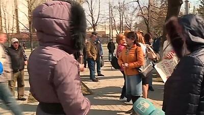 PROTEST în fața Parlamentului. Reprezentanții blocului ACUM au acuzat și insultat jurnaliștii și polițiștii