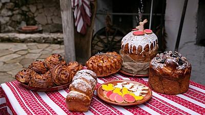 Tradiţii și obiceiuri de Paşte povestite de reporterii Prima Oră. Cine trebuie să ciocnească primele ouă (VIDEO)