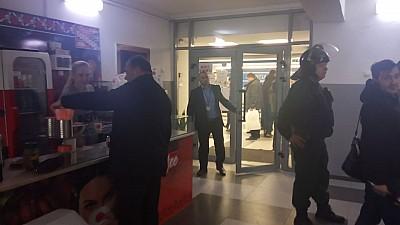 PERCHEZIȚIILE de la Agenţia Servicii Publice din Capitală: 18 persoane au fost reținute de PCCOCS și SIS