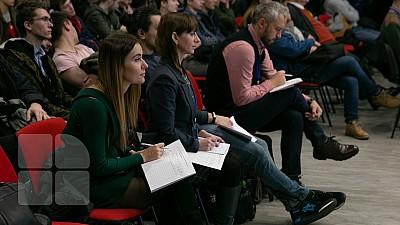 Primul Centru Municipal de Tineret pentru cei interesați de voluntariat, IT, robotică sau dezbateri, deschis în Capitală