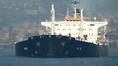Situaţie fără precedent pe mare. Flota egipteană a reţinut o navă, la bordul căreia majoritatea marinarilor sunt de origine ucraineană