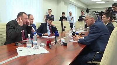 PSRM, invitat de deputaţii blocului ACUM la o sesiune specială a Parlamentului