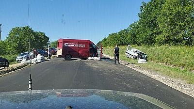 Accident grav în apropierea satului Bursuc. Trei persoane au ajuns la spital