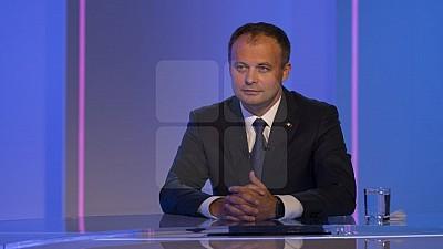 Andrian Candu: Proeuropeanul, prooccidentalul şi românul Andrei Năstase a votat pentru revenirea Federației Ruse în APCE