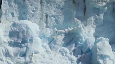 Groenlanda e în pericol! Săptămâna trecută calota glaciară a pierdut două miliarde de tone de gheață