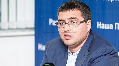 Renato Usatîi se plânge că ar fi ţinta unei campanii de denigrare din partea lui Igor Dodon