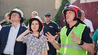 La 30 de zile de la prăbuşirea blocului de la Otaci, sinistraţii ÎNCĂ aşteaptă şi ajutorul promis de Guvern