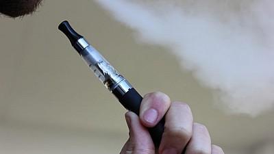 Proiectul de lege privind reglementarea ţigărilor cu tutun încălzit, APROBAT în prima lectură